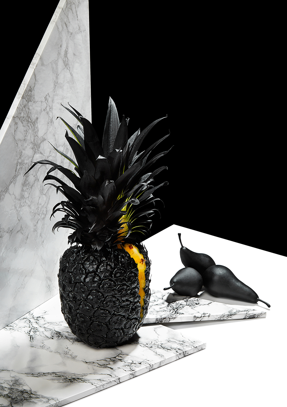 Rikki-Ward-Photographer_Still-life_Passion-Fruit_Pineapple
