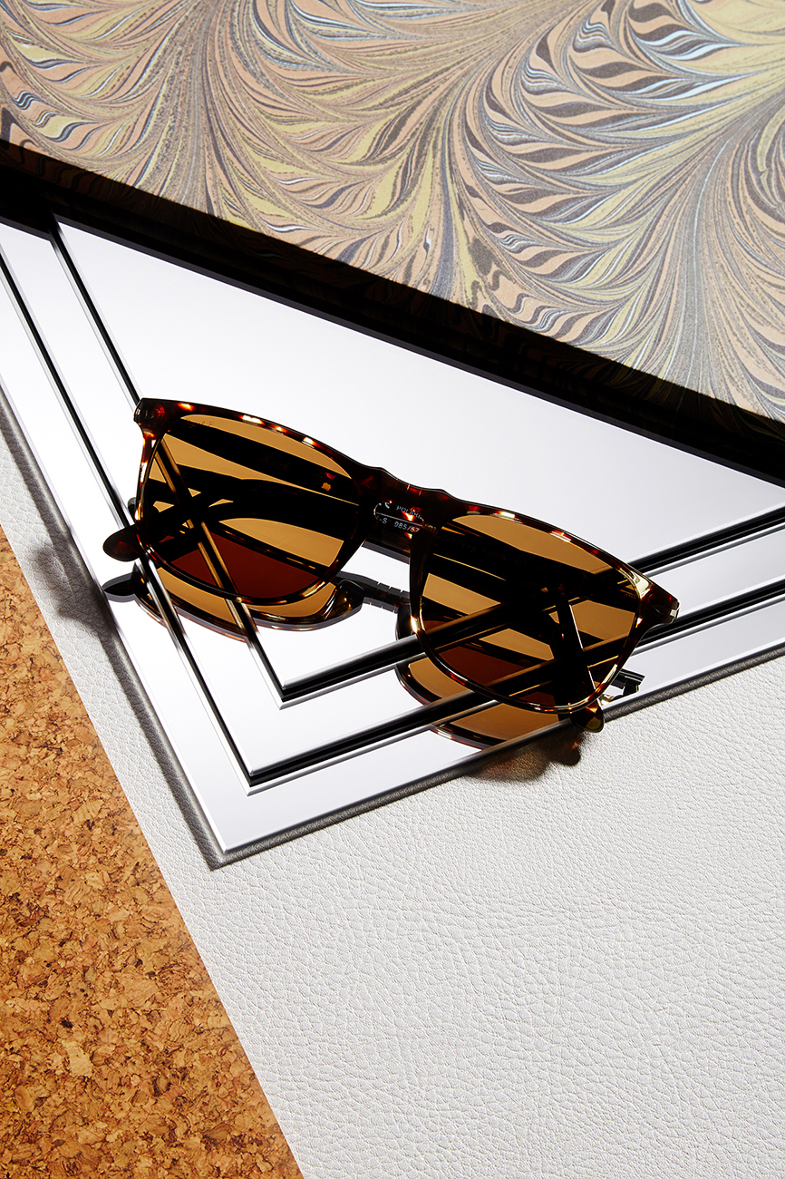 Rikki-Ward-Photographer_Still-life_Sunglasses_3